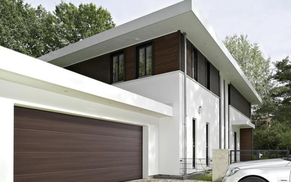 Nowe wzory powierzchni bram garażowych. Dopasuj bramę do elewacji!