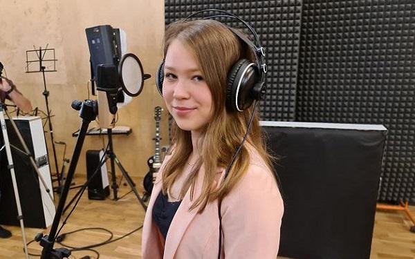 Weronika Majcher kojącym głosem zaśpiewała megahit Brodki. Musicie to zobaczyć