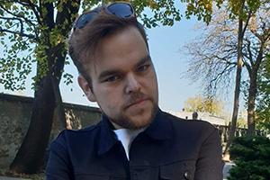 <div class='person'>Michał from Warszawa</div><div class='weight'>pre-surgery weight: 133 kg</div> zdjęcie